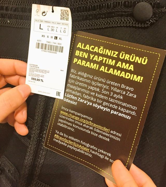 Hình ảnh được cho là lời kêu cứu trên nhãn quần áo của công nhân dệt may cho Zara tại Thổ Nhĩ Kỳ.