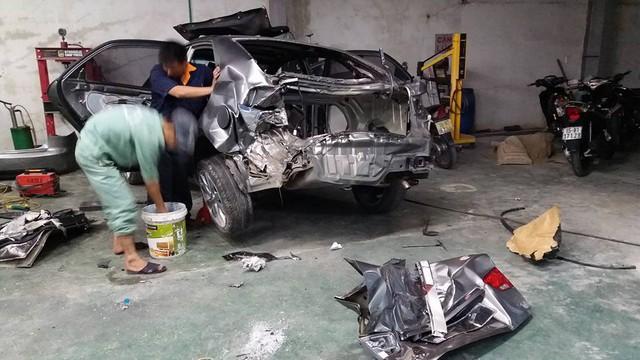 Chiếc xe KIA của nhân vật T.V sau tai nạn