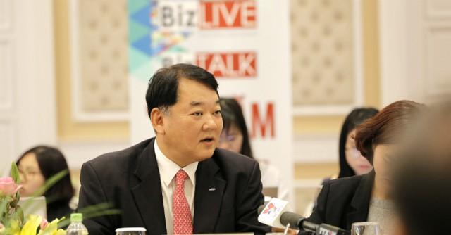 Ông Bang Hyun Woo - Phó tổng giám đốc Samsung Vietnam. Ảnh: Quang Sơn
