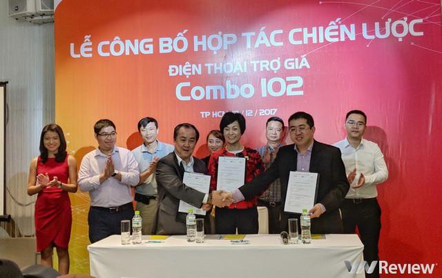 Lễ mở phân phối hợp tác giữa 3 bên Samsung - FPTShop - Vietnammobile. Ảnh: VnReview