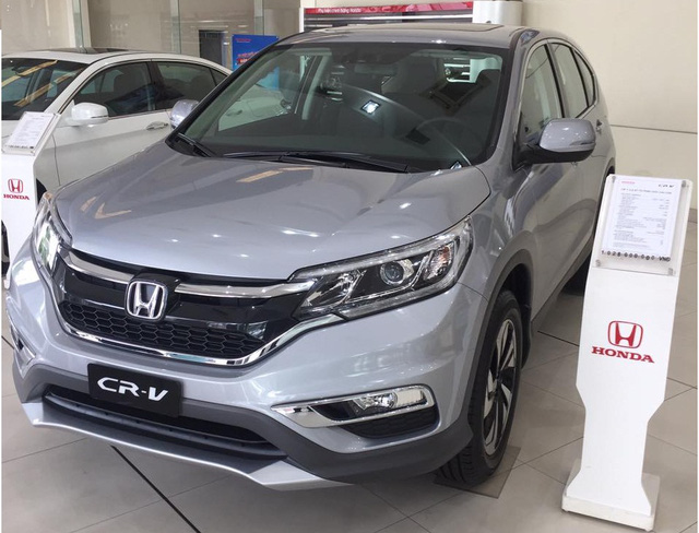 Honda CR-V 2017 hiện tại chỉ có giá bán từ 788 triệu đồng