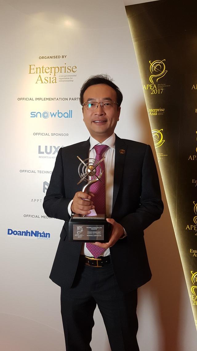 20171219205201-1513910896576 Chủ tịch Digiworld Đoàn Hồng Việt là lãnh đạo ngành công nghệ duy nhất giành giải Doanh nhân Châu Á