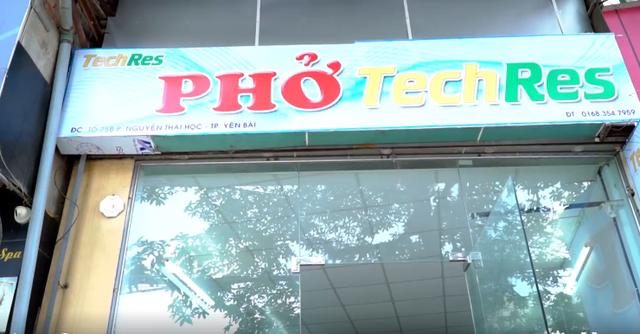 Phở 4.0 Yên Bái, lẩu 4.0' Bình Dương: Tương lai những người làm bồi bàn, phục vụ thất nghiệp bởi công nghệ sẽ không còn xa ở Việt Nam? - Ảnh 1.