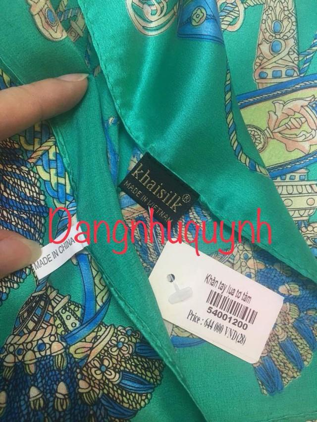 Doanh nhân Hoàng Khải im lặng trước thông tin khăn lụa tơ tằm vừa có mác Made in China, vừa có mác Made in Vietnam - Ảnh 1.