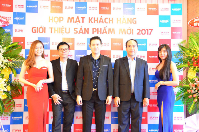 Ông chủ hãng tivi Việt 'làm mưa làm gió' thị trường nông thôn chi 250 tỷ thâu tóm startup sản xuất tivi cận cao cấp - Ảnh 1.