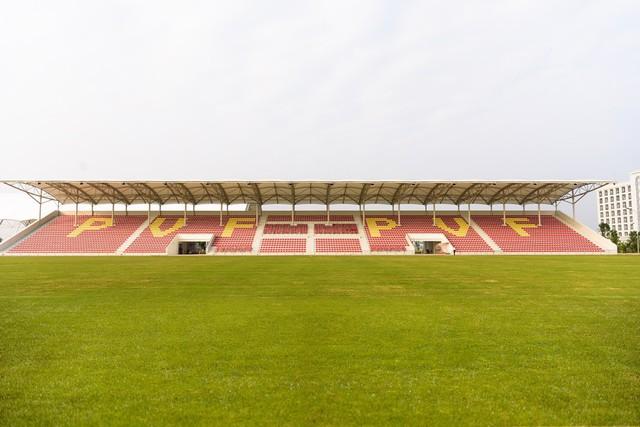 Vingroup mời Ryan Giggs và Paul Scholes về dự khánh thành trọng điểm đào tạo bóng đá PVF - Ảnh 1.