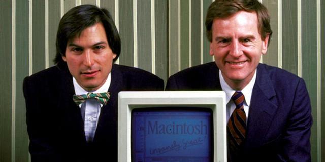 Steve Jobs và John Sculley trong những ngày đầu ở startup Apple.