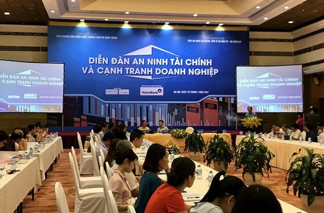 3 rủi ro lớn nhất khi kinh doanh ở Việt Nam được TS Lê Xuân Nghĩa và 6 đại gia chỉ mặt đặt tên - Ảnh 3.