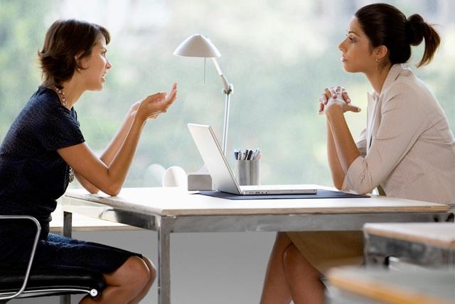 10 nguyên tắc vàng trong giao tiếp ai cũng cần phải biết - Ảnh 1.