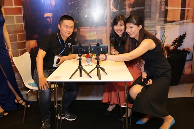 Theo ông Kha, mức giá 6,789 triệu đồng của sản phẩm chiến lược Prime X Max đang nhận được những phản ứng rất tích cực của fan Mobiistar