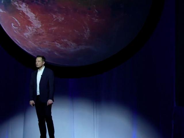 Tháng Chín vừa qua, Musk tuyên bố ai đáp chuyến đầu tiên lên Sao Hỏa hãy chuẩn bị tinh thần cho cái chết.