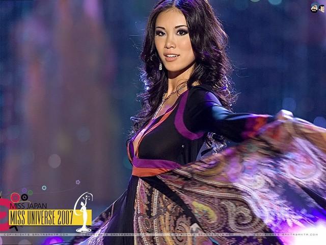 Hoa hậu hoàn vũ thế giới năm 2007 Riyo Mori tới Việt Nam theo lời mời cuả thương hiệu Menard Nhật Bản.