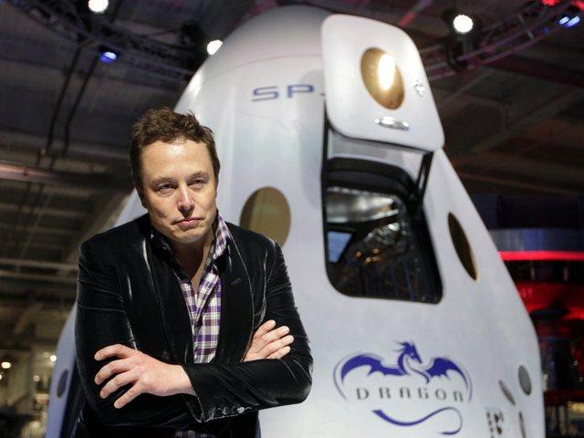 Musk muốn đưa người lên Sao Hỏa vào năm 2024.