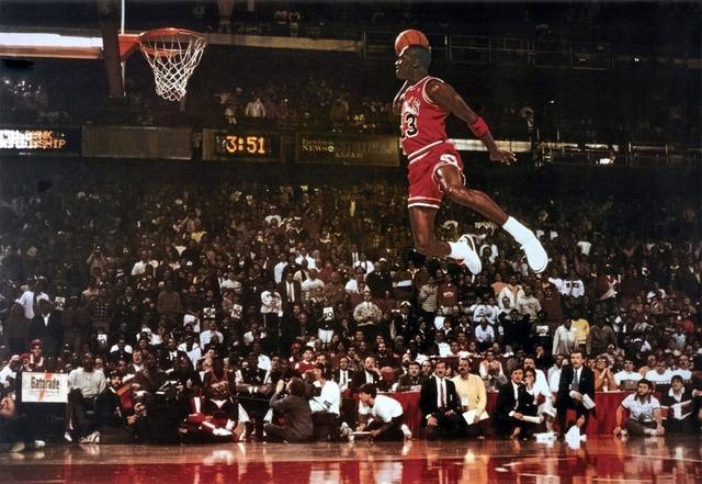 Nhìn cách Michael Jordan cứu Nike để hiểu âm mưu khi Biti's chọn Sơn Tùng MTP - Ảnh 3.