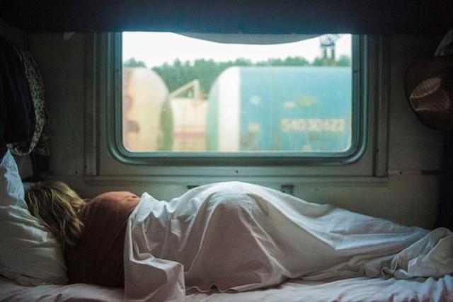 Ngủ là ngủ, đọc là đọc.
