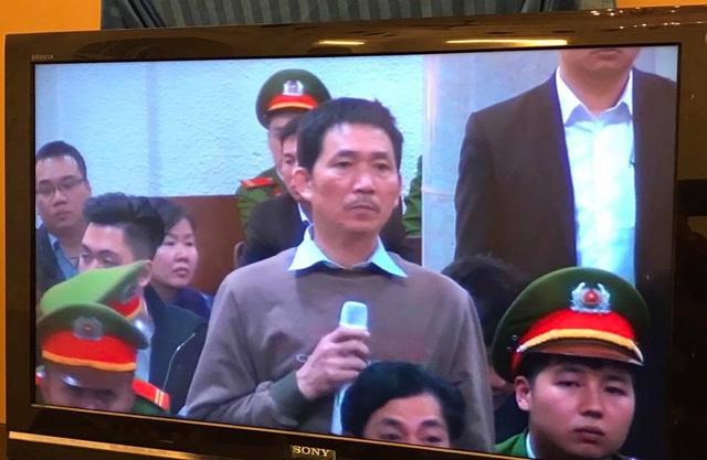 Ông Trần Văn Bình, TGĐ công ty Trung Dung tại tòa ngày 27/2