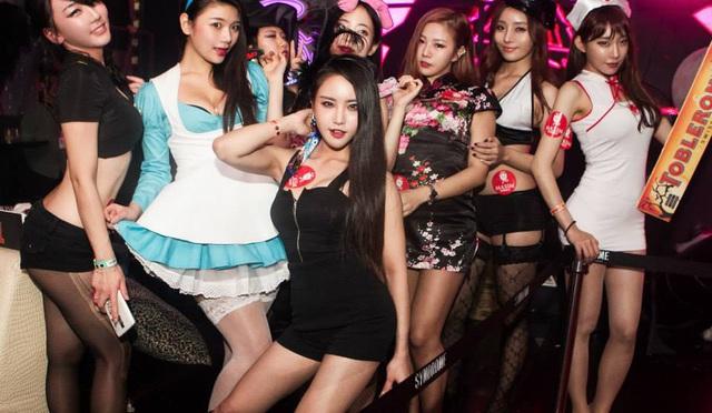 Kí sự mại dâm ở Hàn Quốc của một đồng tính nam: Đàn ông ở đây chịu chơi gấp 16 lần ở Mỹ, Ferrari, du thuyền, máy bay chưa là gì! - Ảnh 5.