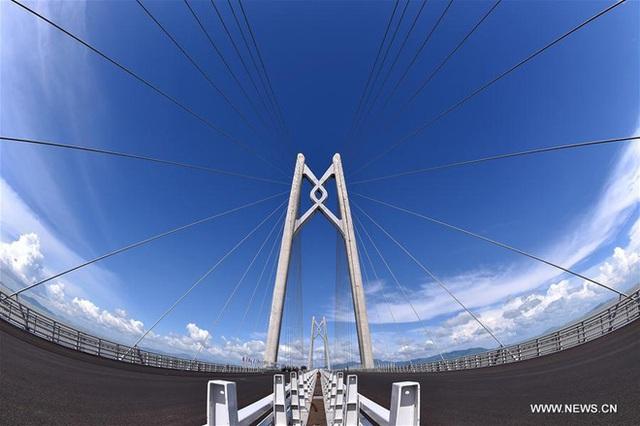 Phần chính của cây cầu (ảnh chụp ngày 5/7/2017)