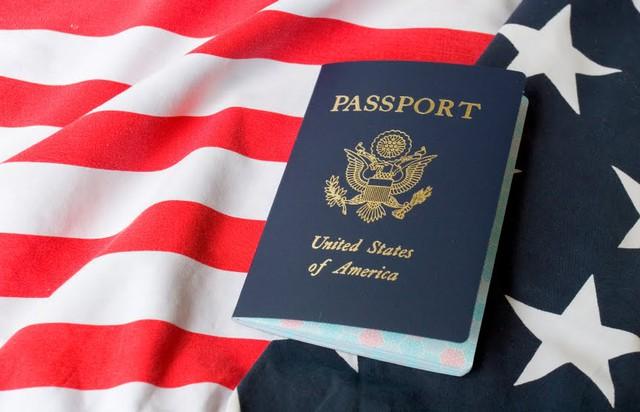 Chuyện nhập cư vào Mỹ: Cần người hay cần tiền? - Ảnh 1.