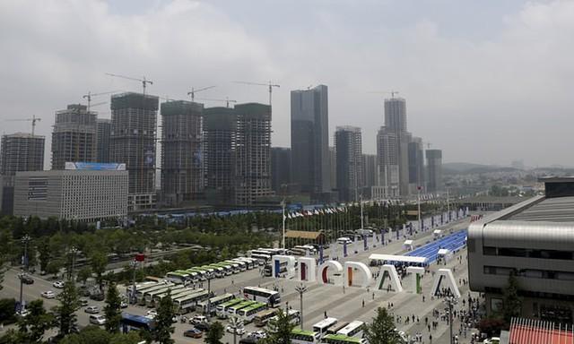 Bí mật khiến một tỉnh chỉ toàn đồi núi vượt nghèo ngoạn mục đến mức Jack Ma gợi ý không nên bỏ lỡ cơ hội đầu tư - Ảnh 2.