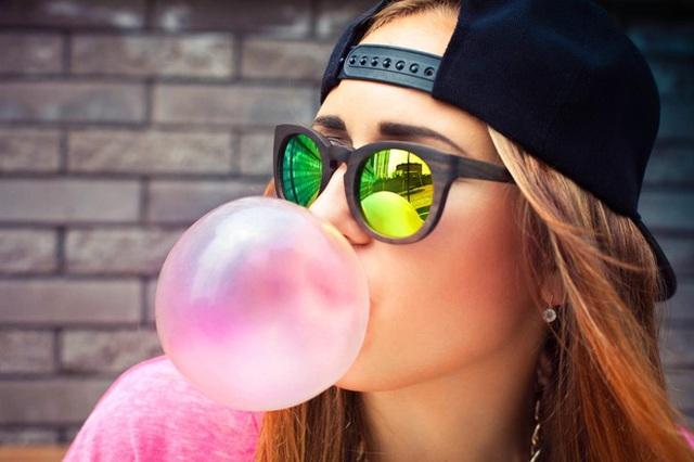 7 lợi ích tuyệt vời của việc nhai kẹo cao su mà nhiều người không ngờ đến - Ảnh 1.