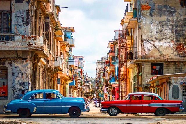 Dân thiếu gạo, dầu ăn... phải mua chợ đen đắt gấp 20 lần: Dấu hiệu cho một cuộc khủng hoảng mới ở Cuba? - Ảnh 1.