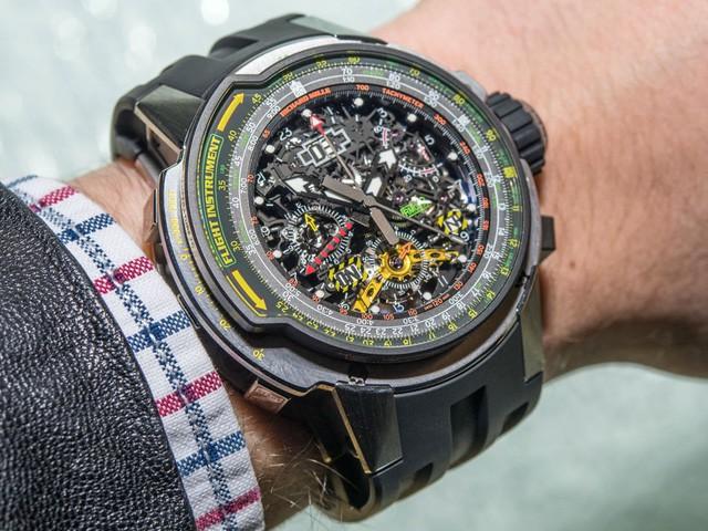 Ông vua đồng hồ cao cấp Richard Mille cho biết sự khuếch trương của Apple Watch cũng không đe dọa đến hoạt động kinh doanh của ông.