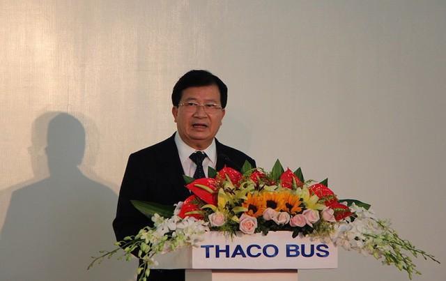 Việt Nam chính thức xuất khẩu ô tô ra nước ngoài - Ảnh 1.