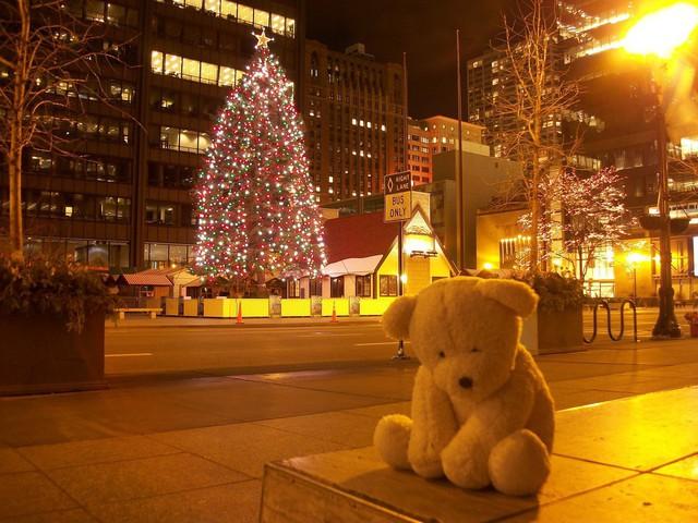 Nếu bạn cô đơn trong đêm Giáng sinh, nỗi buồn sẽ tăng lên gấp bội.