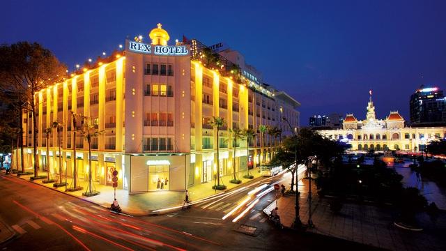 Saigontourist sở hữu một trong những khách sạn 5 sao lâu đời nhất Sài Gòn.