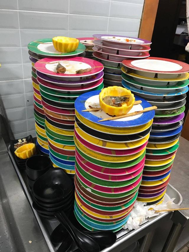 Tâm sự của 9x du học Hàn Quốc: Sấp mặt rửa 2.000 bát đĩa/ca làm thêm, về nước bị hỏi: Mang được nhiều tiền về không? - Ảnh 2.