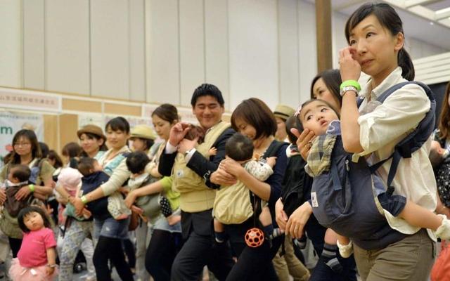 Vì sao phụ nữ lớn tuổi đang là cứu cánh của nền kinh tế Nhật Bản? - Ảnh 1.