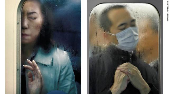 Nước đọng ướt nhẹp vì không khí nóng ẩm trên tàu điện ngầm