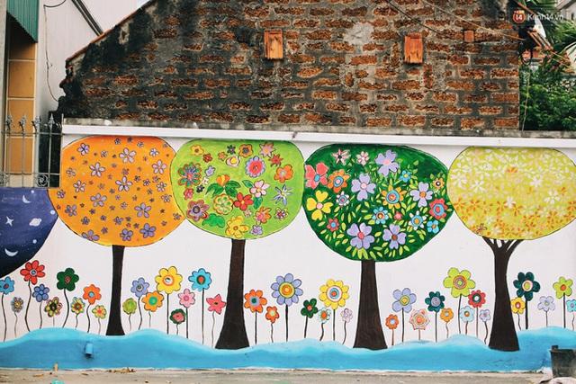 Đâu cần đến Quảng Nam mới có làng bích họa, ngay Hà Nội giờ cũng có con đường được vẽ đẹp mê ly - Ảnh 2.