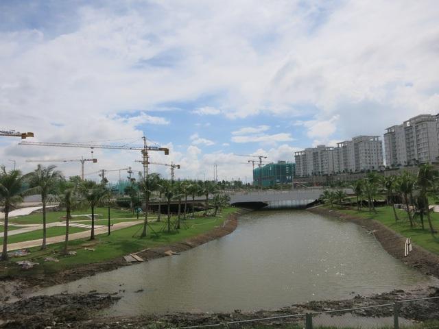 Lo áp lực nợ công, TP HCM tìm vốn nước ngoài xây dựng hạ tầng và đô thị - Ảnh 2.