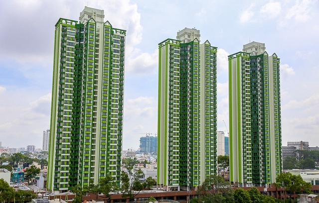 Sau 20 năm bỏ hoang với những lời đồn đoán rùng rợn, Thuận Kiều Plaza đã hồi sinh và sầm uất đến nhường này - Ảnh 2.
