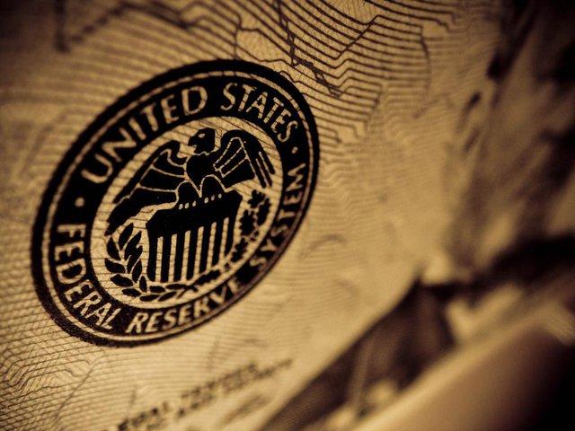 Tại sao FED và các ngân hàng trung ương đang mất dần sự tự tin? - Ảnh 1.