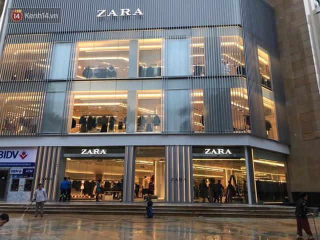 HOT: Tận mắt ngắm trọn 3 tầng của store Zara Hà Nội, to và sáng nhất phố Bà Triệu - Ảnh 2.