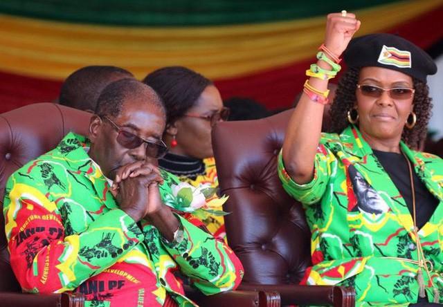 Đằng sau sự ra đi của người hùng Zimbabwe: Khi nhân dân nổi giận - Ảnh 2.