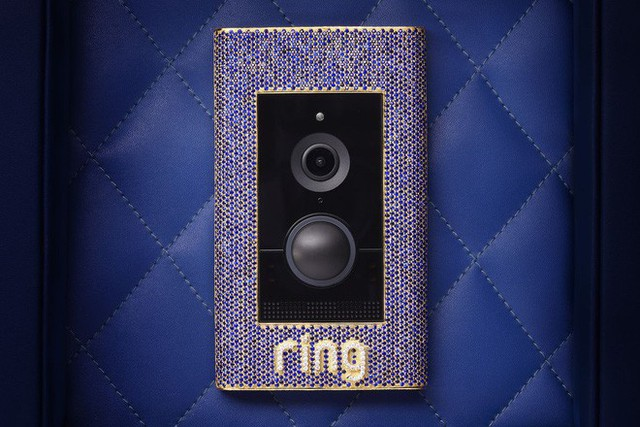 Đây là chiếc chuông cửa dành cho giới thượng lưu: Được gắn sapphire, nạm vàng và kim cương, giá hơn 2 tỷ đồng, không có tính năng chống trộm - Ảnh 1.