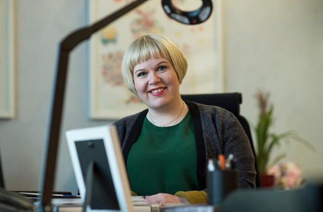Bà Annika Saarikko, Bộ trưởng Dịch vụ Xã hội và Gia đình Phần Lan.