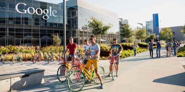 Góc khuất ở Thung lũng Silicon, nơi những người có việc làm ổn định vẫn phải sống như vô gia cư - Ảnh 1.