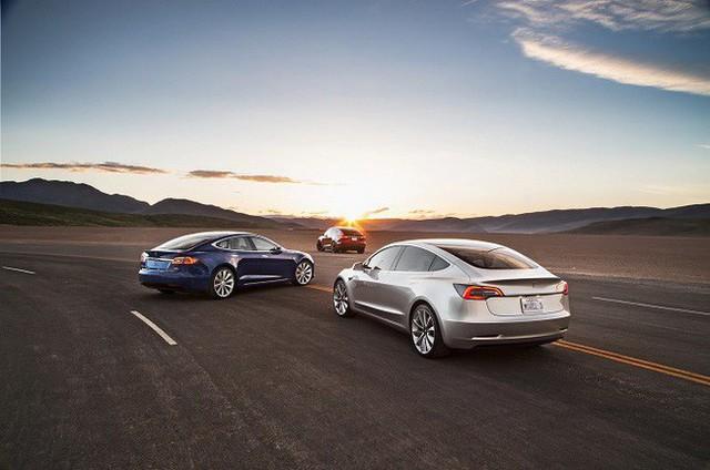 Lý do Tesla trở thành bộ mặt của xe tương lai: Không phải động cơ điện, không phải tự lái - Ảnh 2.