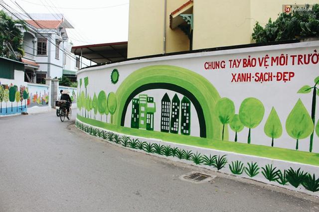 Đâu cần đến Quảng Nam mới có làng bích họa, ngay Hà Nội giờ cũng có con đường được vẽ đẹp mê ly - Ảnh 11.