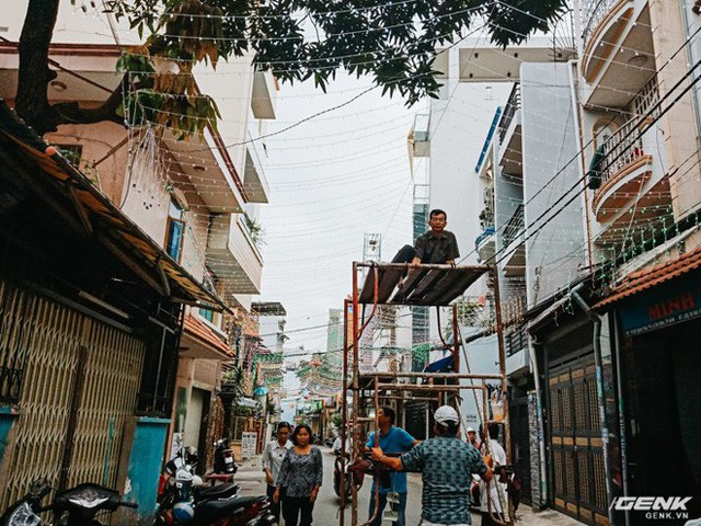 Đời sống qua lăng kính smartphone (Kỳ 1): Người dân Sài Gòn nô nức trang trí phố xá đón Noel đến gần - Ảnh 13.