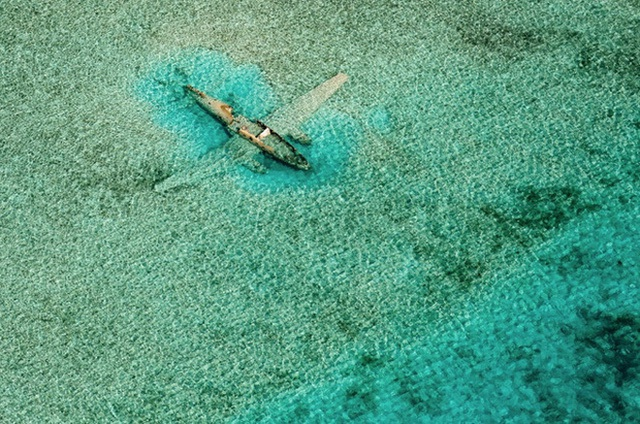 Một xác máy bay rơi ở Norman's Cay, Exumas, Bahamas.