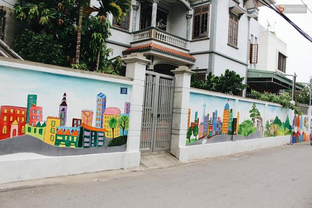 Đâu cần đến Quảng Nam mới có làng bích họa, ngay Hà Nội giờ cũng có con đường được vẽ đẹp mê ly - Ảnh 17.