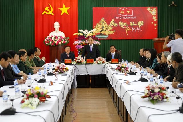 Thủ tướng yêu cầu 'kế hoạch 1, biện pháp 10, quyết tâm 20' trong năm mới - Ảnh 2.