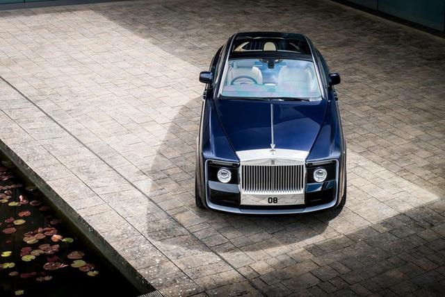 Chiếc xe Rolls-Royce Sweptail đắt giá nhất lịch sử nhân loại được làm cho một nhà sưu tầm bí ẩn có gì đặc biệt? - Ảnh 3.