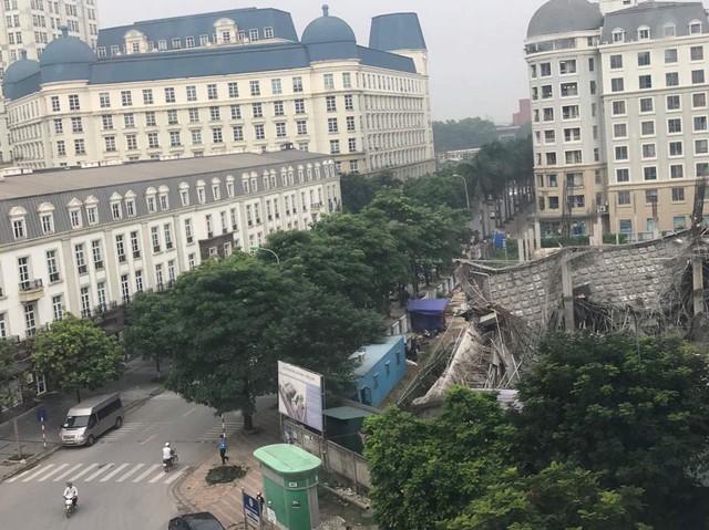 Hà Nội: Trường Mầm non đổ sập trong đêm - Ảnh 2.